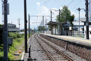 飯田線は辰野から豊橋をつないでいます。